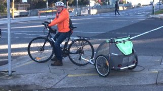 BurwoodHwy - bike trailer